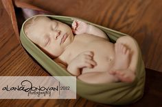newborn photography | tiny toes | baby's first year