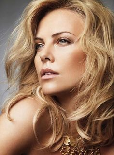 Charlize Theron |
