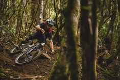 Connor Fearon rides the all-new carbon Process 29 Freeride Mountain Bike, Mountain Biking, Mtb Clothing, Bike Parking, Hiking Boots, Product Launch, Sanitary Napkin