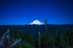 Star's over Mt. Jefferson, Oregon