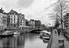 Copenaghen . København . 2012 #Copenaghen #København #StreetPhotography #BW #BlackAndWhite #Boat #Bridge #Cityscape #Europe #Denmark #GaetanoCessati