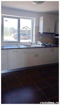 Casă / Vilă cocheta Izvor Kitchen Island, Kitchen Cabinets, Home Decor, Houses, Island Kitchen, Decoration Home, Room Decor, Cabinets, Home Interior Design