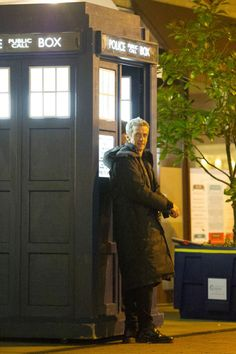 Doctor Who: Peter Capaldi and Jenna Coleman wrap up warm during filming in Cardiff Bay - Wales Online
