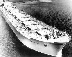 10 Sunken Supertankers and Shipwrecked Bulk Carriers