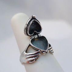 Cute Jewelry, Jewelry Box, Jewelry Accessories, Jewelry Necklaces, Jewelry Design, Unique Jewelry, Jewlery, Indian Jewelry, Girls Jewelry