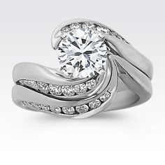 Round Diamond Wedding Set with Brilliant Round Diamond