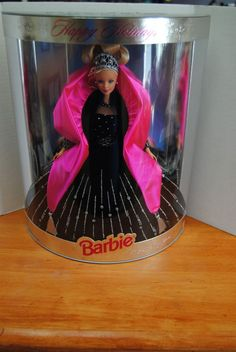 Happy Holidays 1998 Special Edition Barbie #DollswithClothingAccessories