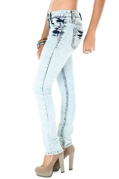 Acid wash skinny #jeans.... LOVE!!!