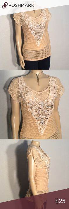 Day Trip beige lace and glitz detail top Day Trip beige lace and glitz detail top excellent condition no damage fabric 84% rayon 16% polyester made in the USA Daytrip Tops Tees - Short Sleeve