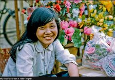 33 Color Photos Document Everyday Life of Children in the Mekong Delta of Vietnam in the late My Tho, Mekong Delta, Vintage Architecture, Old Images, Street Photo, American, Children, Orchids, Color