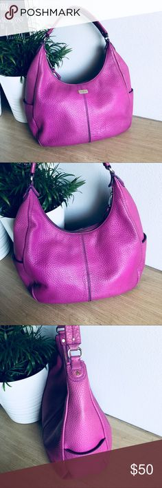"Cole Haan Village Rounded Hobo Bag Cole Haan pebbled leather hobo handbag with slip pockets on either side and top zip closure. Preowned, shows some signs of wear on the bottom of the bag. Bag color is a aster purple  Measurements  9.5""H x 14""L x 5.5""W Cole Haan Bags Hobos"