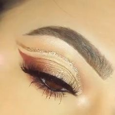 Bestes Glam Eye Makeup Tutorial 2019 - Makeup - Easy Pin - Make Up Eye Makeup Tips, Smokey Eye Makeup, Glam Makeup, Makeup Hacks, Skin Makeup, Makeup Inspo, Eyeshadow Makeup, Beauty Makeup, Makeup Tutorials