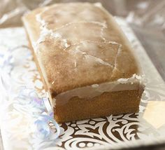 """drizzle cake Lemon Drizzle Cake Recipe (note: made this for a potluck and was told it was """"the best lemon cake ever"""";)Lemon Drizzle Cake Recipe (note: made this for a potluck and was told it was """"the best lemon cake ever""""; Bbc Good Food Recipes, Baking Recipes, Cake Recipes, Dessert Recipes, Dessert Food, Healthy Recipes, Cupcakes, Cupcake Cakes, Lemon Roulade"""