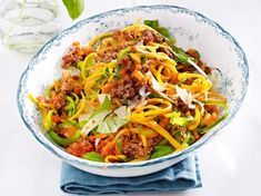 Vegetable pasta with Bolognese recipe Vegetable pasta with Bolognese recipe Paleo Recipes, Low Carb Recipes, Cooking Recipes, Healthy Foods To Eat, Healthy Eating, Law Carb, Eat Smart, Low Carb Keto, Vegetable Recipes