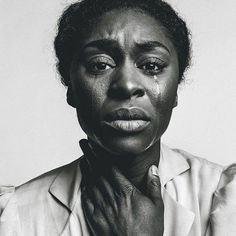 A Cor Púrpura Cynthia Erivo as Celie in (the Color Purple) Photo taken by Norman Jean Roy for New York Magazine (March Human Reference, Photo Reference, Drawing Reference, Emotional Photography, Face Photography, Photography Hashtags, Emotional Photos, Infant Photography, Photography Articles