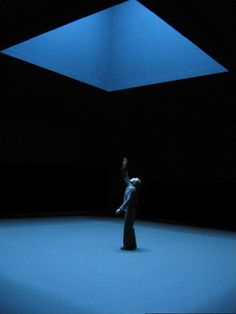 """Comme un chant de David"", directed & lit by Claude Régy, 2005, National Theater of Brittany"