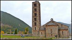 Dentro de la Vall de Boí Taull existe una iglesia diferente a las demás, en ella encontramos en Pantocrátor sin duda una de las mejores presentaciones del románico europeo.