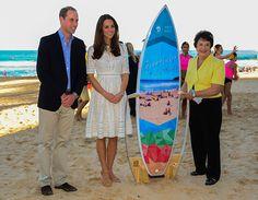 Kate Middleton Creates Fuss in Stuart Weitzman Sandals at Manly Beach