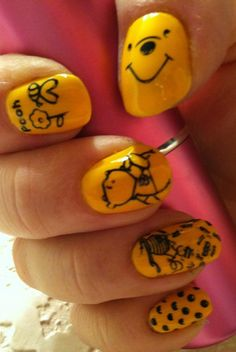 Pooh! I would do my toes like that :)