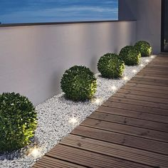 Patio garden design best balcony garden designs and ideas for 2019 page 46 70 magical side yard and backyard gravel garden design ideas Backyard Patio Designs, Front Yard Landscaping, Landscaping Ideas, Backyard Pools, Backyard Ideas, Small Backyard Decks, River Rock Landscaping, Inexpensive Landscaping, Modern Landscaping