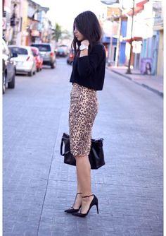 Esses são os motivos pelos quais o Animal Print,  virou clássico do guarda-roupa   http://buyerandbrand.com.br/animal-print-e-o-novo-classico-do-closet/     Inspire-se!