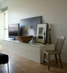 Look! Rebekah´s Rustic IKEA Television Console