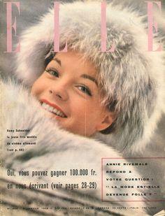Romy Schneider en couverture de Elle en 1959 photographiée par J.-F. Clair