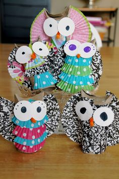 Coffee, Chaos, and Contentment: When Toilet Paper Rolls And Cupcake Liners Become Adorable Little Owls -- totally making these with my preschoolers next week.