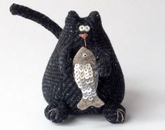 33 New Ideas For Crochet Cat Doorstop Cat Crafts, Sewing Crafts, Sewing Projects, Fabric Animals, Crochet Animals, Softies, Amigurumi Toys, Knit Or Crochet, Crochet Toys