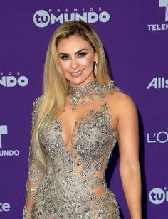 Aracely Arámbula comparte fotografías de sensuales atuendos American Music Awards, Girl Fashion, Fashion Dresses, Womens Fashion, Mexican Actress, Prom Dresses, Formal Dresses, Gorgeous Women, Hollywood