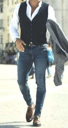 Favorito Tutorial and Ideas Winter Outfits Men, Stylish Mens Outfits, Sharp Dressed Man, Well Dressed Men, Suit Fashion, Mens Fashion, Gilet Costume, Style Masculin, Business Casual Attire