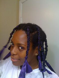 The HodgePodge Files: Stretching Natural Hair without Heat Fine Natural Hair, Natural Hair Blowout, Blowout Hair, How To Grow Natural Hair, Natural Hair Care, Natural Hair Styles, Natural Beauty, African Threading, Curl Hair Without Heat