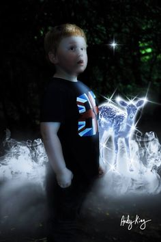 There's no end to what this boy finds in the forest :) #magical #innocence #andykingart #liddleboy