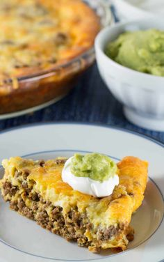 Crustless Low Carb Taco Pie (with taco seasoning - - Crustless Low Carb Taco Pie (with taco seasoning 15 Easy Keto Dinner Casserole Recipes Taco Pie, Keto Taco, Low Carb Hamburger Recipes, Ground Beef Keto Recipes, 7 Keto, Low Carb Ground Turkey Recipe, Healthy Ground Turkey, Turkey Burger Recipes, Taco Soup