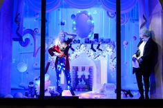 Harvey_Nichols_Britalia_Christmas_Windows_-_Bad_Santa_Close_Up.jpg