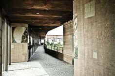 Penthouse #officebuilding #art #wayfinding #klimt #aisle Zaha Hadid, Soho, Innsbruck, Klimt, Architecture