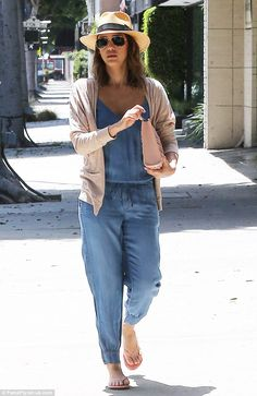 #casualwear #streetstyle | Jessica Alba in a Splendid chambray jumpsuit styled with flip flops and a fedora