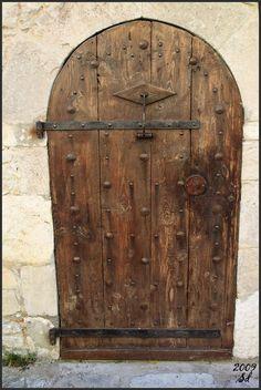 Medieval door - Pedraza, Castile and León