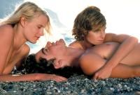 Valerie Quennessen still from Summer Lovers Daryl Hannah, Peter Gallagher, Young Americans, The Beautiful Country, Travel Couple, Greece Travel, New Movies, Santorini, Relationships