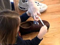 Tips for Teaching Kids to Tie Shoes