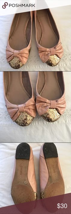 Vince Camuto blush glitter flats These are so feminine and pretty! I'm only selling because they don't fit anymore! Blush color with bow at the gold glitter toe. Vince Camuto Shoes Flats & Loafers