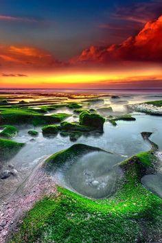 World Famous Photography All Nature, Amazing Nature, Best Of Bali, Nature Sauvage, Felder, Beautiful Sunrise, Paradise Island, Landscape Pictures, Sunset Photos
