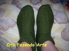 Cris Fazendo Arte: Sapatos Adultos - receitas (atualizado) Beautiful Patterns, Knitwear, Grande, Knitting, Design, Eliana, Make Shoes, Crochet Shoes, Knitted Booties