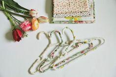 DIY Hangers : DIY Floral Hangers
