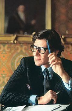 Yves Mathieu-Saint-Laurent, at one point in time was Monsieur Dior's apprentice. Later, at the age of 21 became France's savior of haute couture. Dandy, Yves Saint Laurent, Mode Masculine, Jean Paul Gaultier, Coco Chanel, Christian Dior, Lanvin, Dries Van Noten, Most Stylish Men