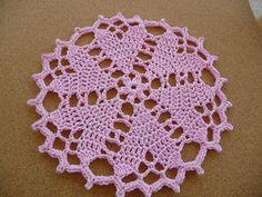 Ravelry : Hearts Desire Doily by Coats - free pattern