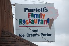 You will find the BEST ever ice cream here in  Pinconning MI!! I love this place & try to stop whenever I am in Michigan.