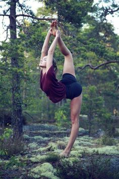 Ease into the weekend with a light stretch (35 Photos)