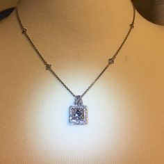 Diamond white/black enchanted  necklace 👄 20 in This Elegant silver white and black diamond necklace has bling . It's hard to capture it's true beauty Nwt . Has a beautiful design in the front and in back has a lobster clasp for safety . Jewelry Necklaces