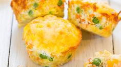 Cheese, Vegetable and Egg Muffins (GF) - Healthy, easy, and only 100 calories! You'll want to keep a stash on hand! Great make-ahead breakfast! Quick Snacks, Healthy Snacks, Healthy Recipes, Stay Healthy, Simple Snacks, Easy Recipes, Vegetarian Recipes, Muffin Light, Muffin Mix